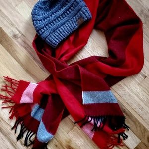 Beautiful and so soft polyester scraf